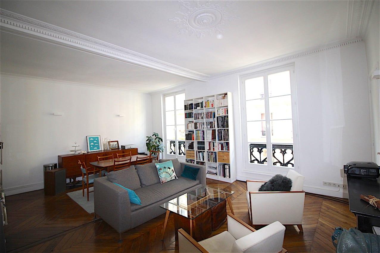 exclusivit paris 10e 3 4 pi ces deux pas du m tro bonne nouvelle 715 000 vmg immobilier. Black Bedroom Furniture Sets. Home Design Ideas